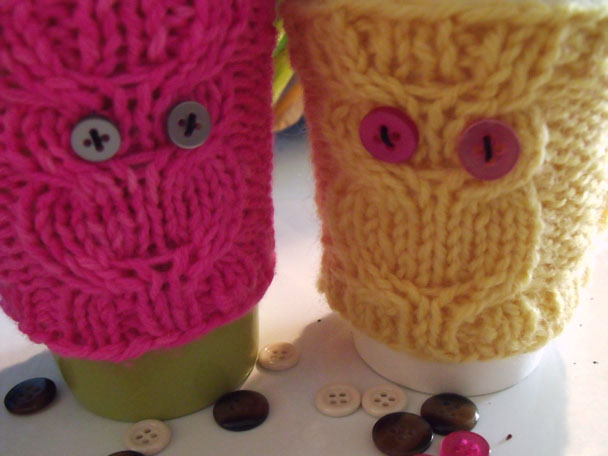 Free Pattern: Owl Coffee Cozy | Marla Holt