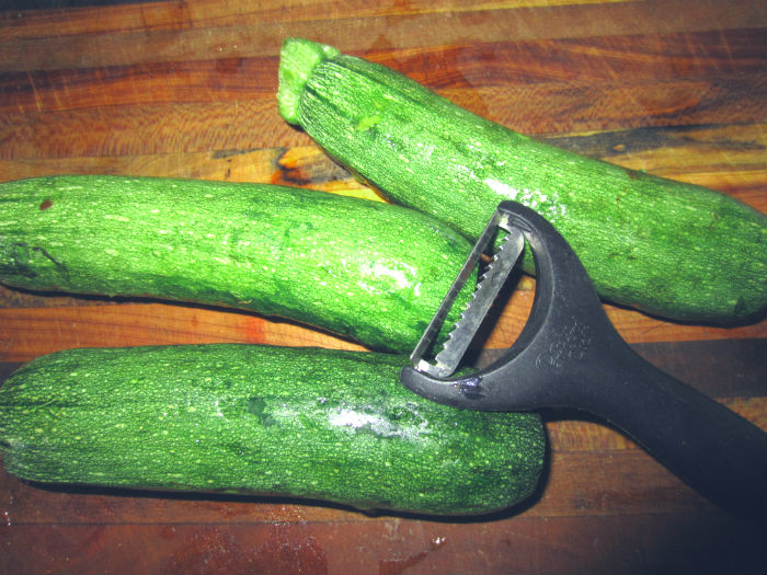 zucchini and julienne peeler